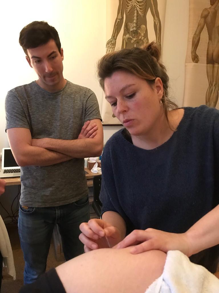 Dryneedling bij bekkenpijn en posturale disfuncties